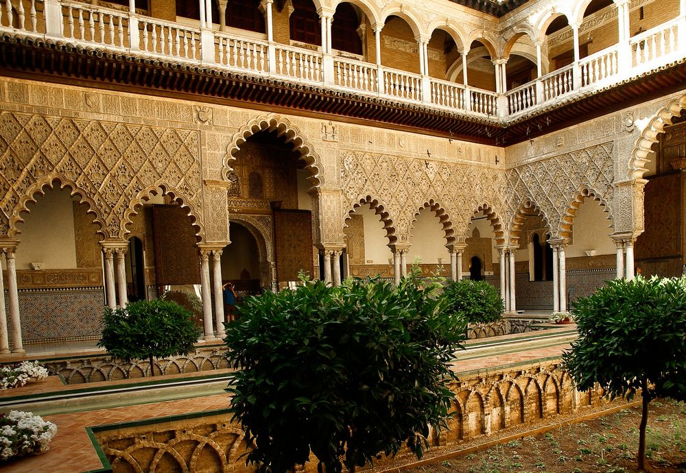 7146cbf41d Seville is the capital of Southern Spain (Andalusia). The city is rich of  history and various landmarks including for instance the Alcázar castle  complex ...